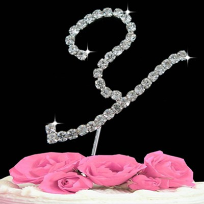 P1092 Cake Topper Letter (Y)